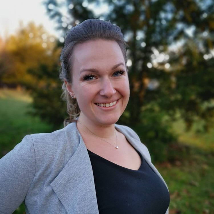 Angie Campeau - Surrogate Admissions Manager ANU Fertility Canada Surrogates